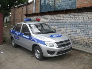 Оклейка автомобиля ДПС виниловой пленкой